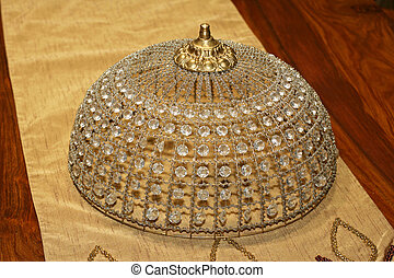 Crystal bonnet angle