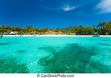 Crystal Clear Sea Resort Island Paradise - A paradise with...