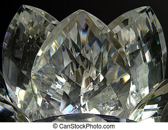 Crystal Lotus - Gold tones - Close-up