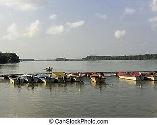 csónakázik, fisherman's