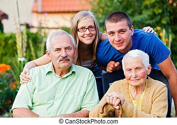 család, alatt, tartózkodási, törődik, otthon