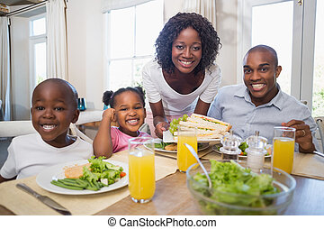 család, egészséges, együtt, élvez, étkezés, boldog