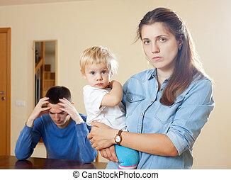 család, gyermekek, birtoklás, konfliktus
