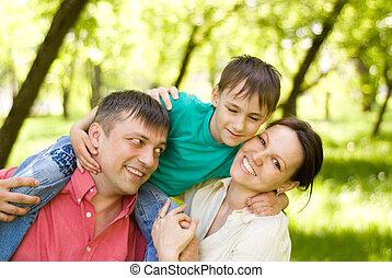 család, három