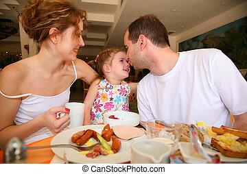 család, hotel, vacsora