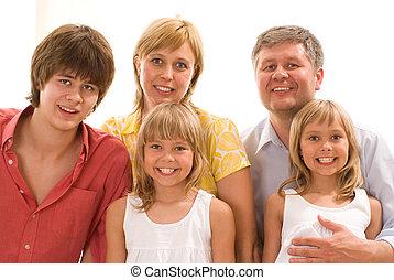 család, közül, öt, képben látható, egy, fény