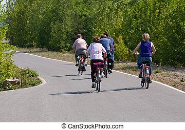család, kerékpározás