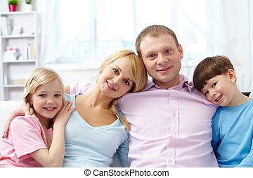 család, modern