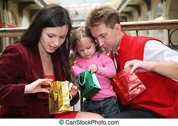 család, noha, pantalló, alatt, bolt