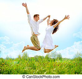 család, párosít, mező, ugrás, zöld, outdoor., boldog