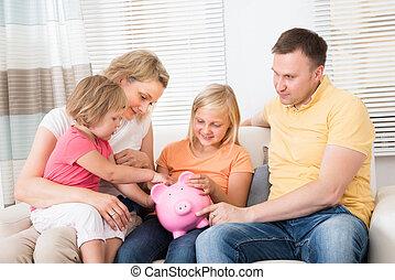 család, takarékbetét pénz, alatt, piggybank