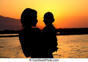 csecsemő, árnykép, anya