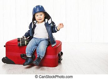 csecsemő, és, bőrönd, kölyök, ülés, képben látható, poggyász, gyermekek fiú, alatt, megkorbácsol