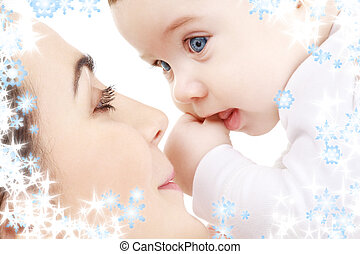 csecsemő fiú, boldog, játék, anya