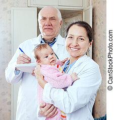csecsemő, hónapok, három, orvosok