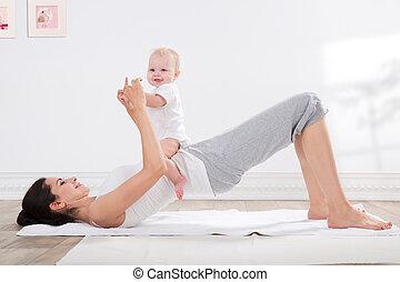csecsemő, testedzés, anya