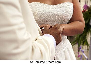 cserél, közül, esküvő gyűrű, -ban, egy, esküvő
