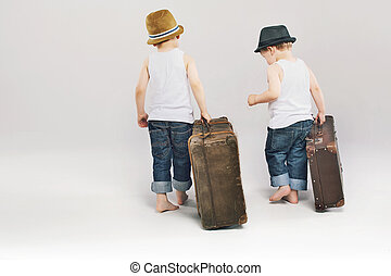 csinos, fivérek, bőrönd, két, kilépő, -eik