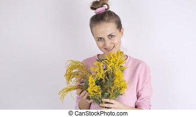 csinos, nő, fiatal, sárga, mimóza, menstruáció