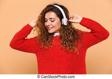 csinos, zene hallgat, portré, mosolyog lány