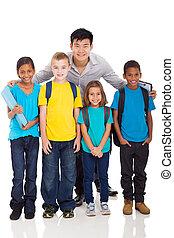 csoport, közül, elemi iskola, gyerekek, és, tanár