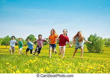 csoport, közül, futás, gyerekek