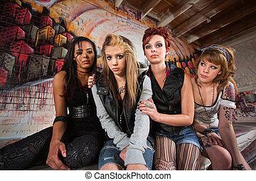 csoport, lány, bús