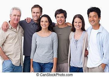 csoport, mosolygós, barátok