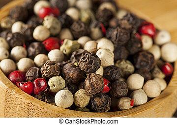 cuatro, crudo, entero, grano de pimienta, mezcla