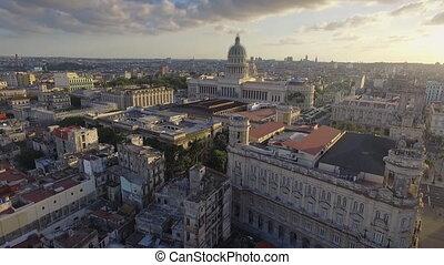 cubaine, havane, vieux, voler, ciel, bâtiments, bourdon, paysage