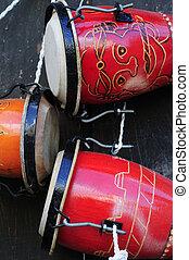 cubano, bongo