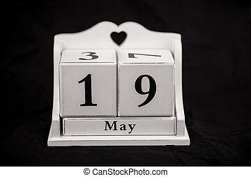 cubes, mai, 19, 19ème, dix-neuvième, calendrier