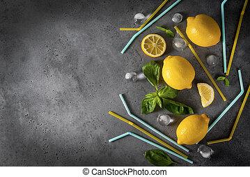 cubes, tubes, citron, vue, tranches, basilic, glace, citrons, bleu, cocktail, entier, fond, sommet, gris, jaune