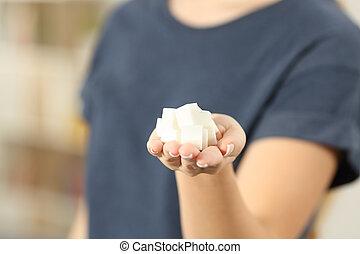 cubi, zucchero, donna, closeup, tenendo mano