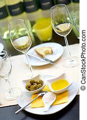 cubierto, cenar mesa, con, vino, glas