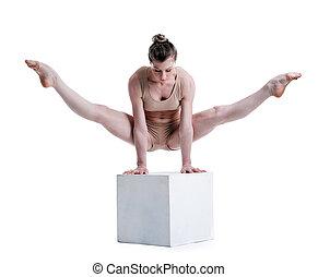 cubo, giovane, studio, carino, proposta, acrobata