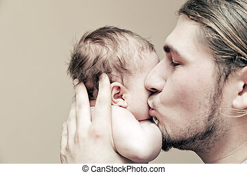 cuddling, suo, guancia, padre, giovane, bambino, baciare,...