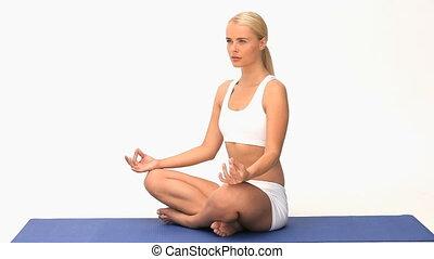 cudowny, kobieta, yoga, blond