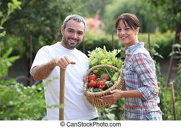 cueillette, couple, légumes