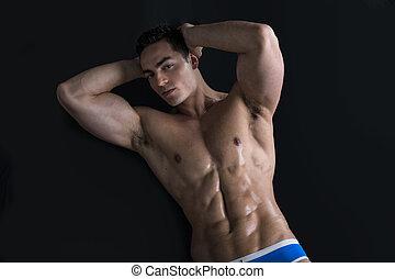 cuerpo, piso, colocar, joven, muscular, desnudo, hombre