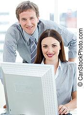 cuidado, el suyo, verificar, trabajo, employee\'s, director