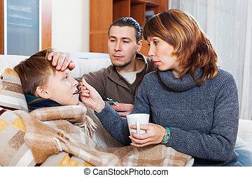 Cuidado, niño, padres, enfermo, amoroso