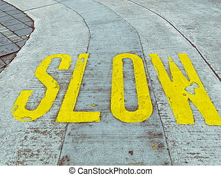 cuidadoso, lento, camino