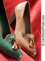 cuir, chaussure, talon, élevé