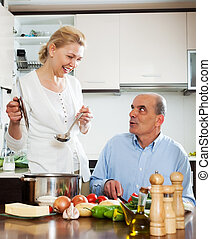 cuisine famille, spaniard, tomates, chez soi