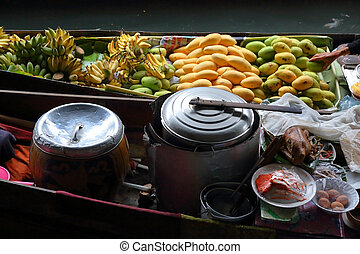 Cuisine on the boat in Bangkok