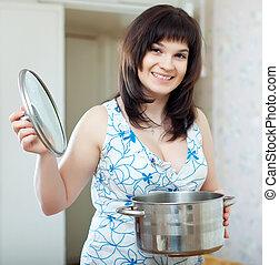 cuisinier, femme foyer, moule, heureux