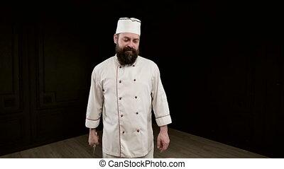 cuisinier, homme, couteau, closeup, noir, grand, tient, cake...
