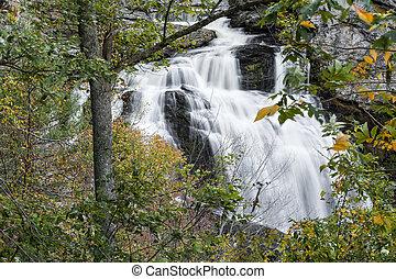 Cullasaja Falls Waterfall - Cullasaja Falls is a scenic...