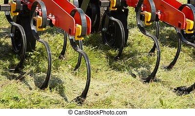Cultivator for the soil. - Equipment for handling of the...